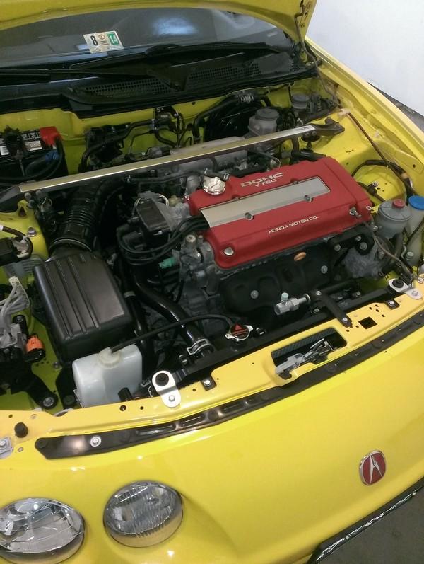 2001 Integra Type R Phoenix Yellow engine bay Spoon caps