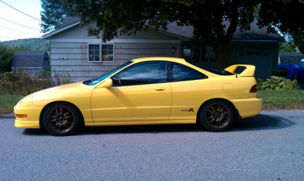 Phoenix Yellow 2001 Integra type-r Mugen wheels