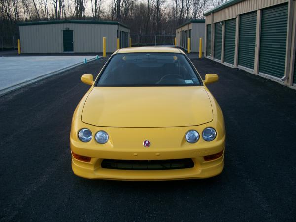 Phoenix Yellow 2001 Acura ITR front end