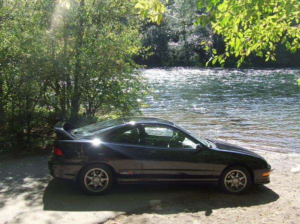 Unmodified Nighthawk black pearl ITR at the Santiam river