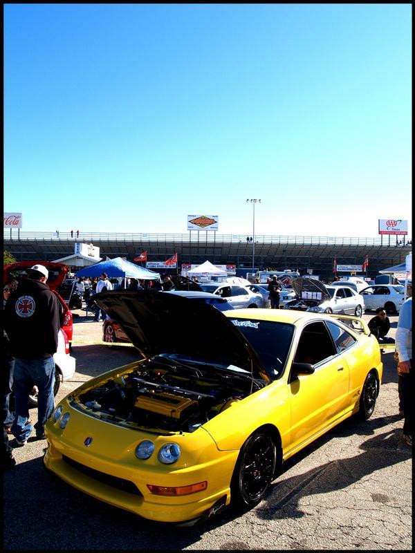 Integra Type-R at a car show - Phoenix yellow