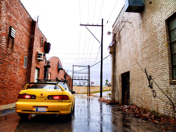 2001 Integra TypeR in the alley