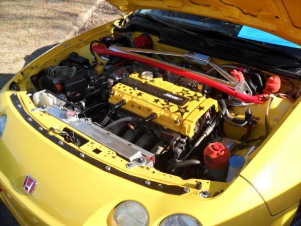 Modified engine bay integra type-R