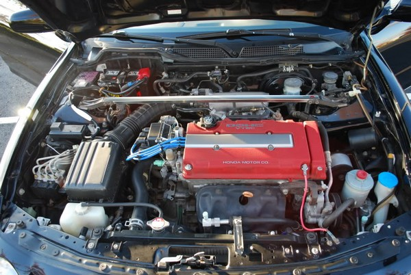 2001 USDM ITR engine bay