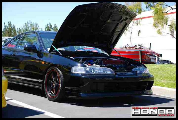 2001 Nighthawk Black Pearl Integra Type-R hood popped