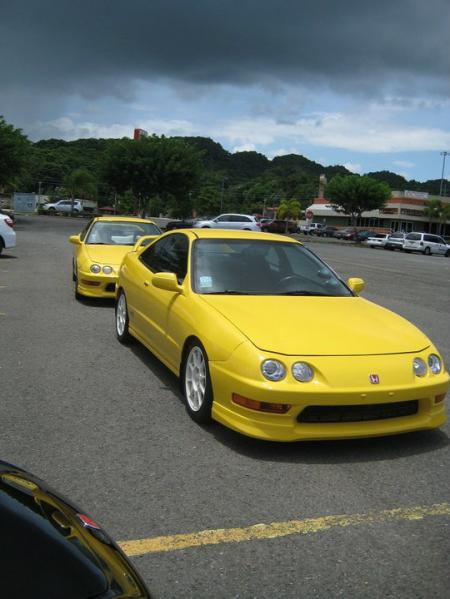 Phoenix Yellow Integra Type-R's in Puerto Rico