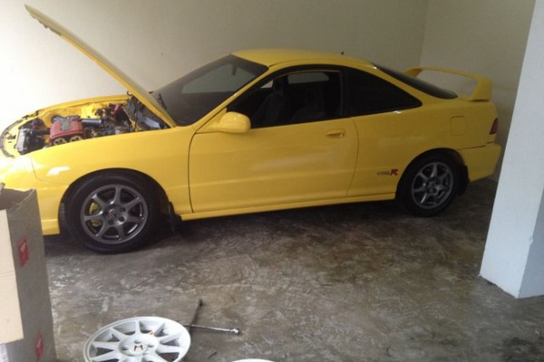 Phoenix Yellow 2001 ITR in the garage