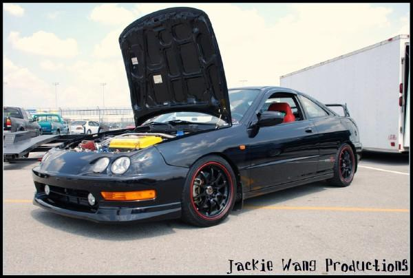 2001 NBP Type-R showing off the goods