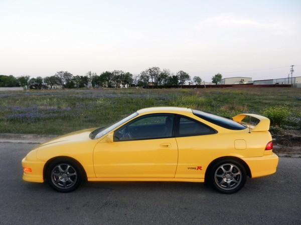 2001 Phoenix Yellow ITR