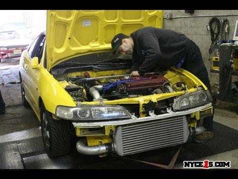 2001 Phoenix yellow integra type-r on the dyno