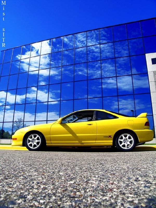 2001 Phoenix Yellow Integra type r scenic shot