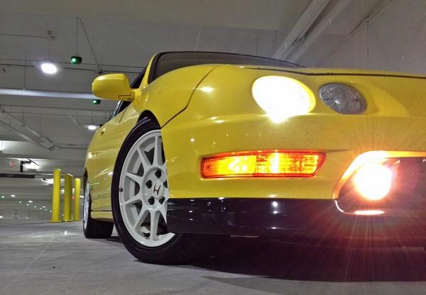 2001 Phoenix Yellow Integra type R low black lip