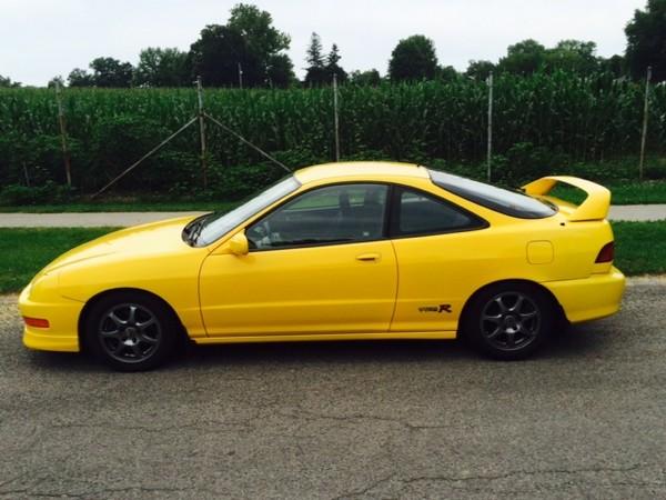 2001 Phoenix Yellow Acura Integra Type-R profile