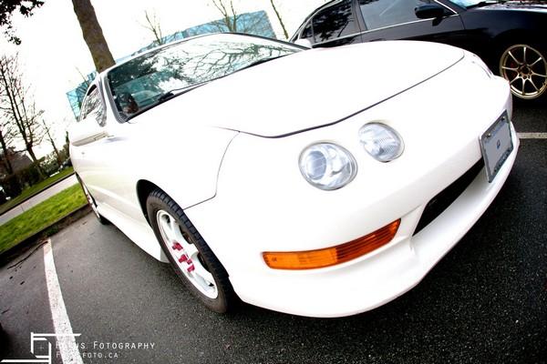 2001 Championship White Acura ITR Nose shot