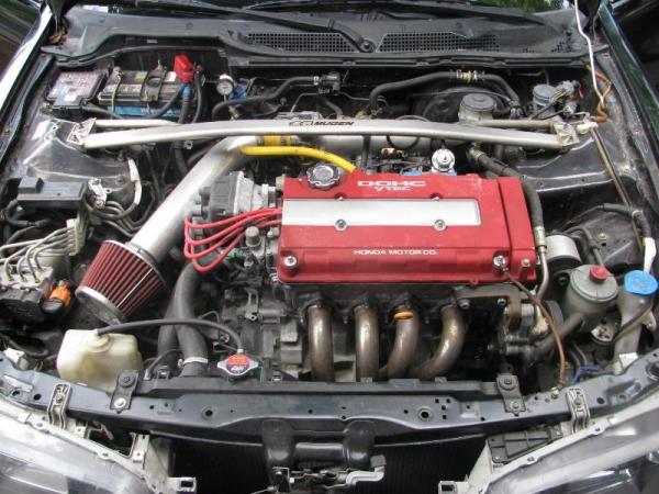 Integra Type-R engine bay Mugen Strut tower bar