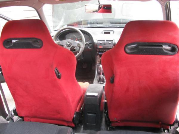 Integra Type-R interior and jdm recaros