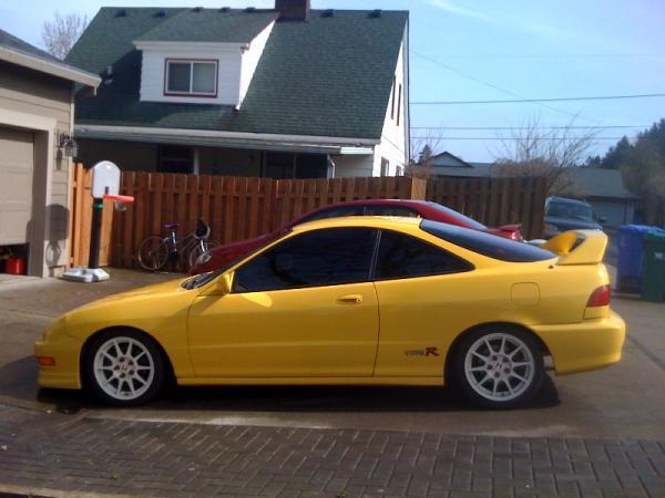 Phoenix yellow ITR with white JDM ITR wheels
