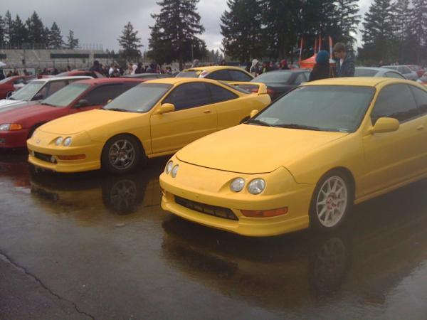 2 yellow itr's at a honda meet