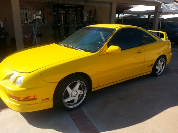 2001 Phoenix yellow ITR aftermarket wheels. Theft recovery