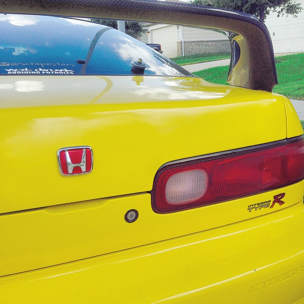 2001 Phoenix yellow ITR JDM rear H badge