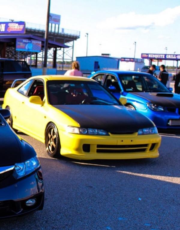 2001 Phoenix yellow ITR at car show