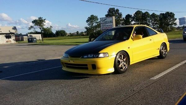2001 Phoenix yellow ITR in parking lot