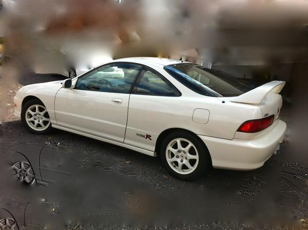 1998 championship white Acura Integra Type-R