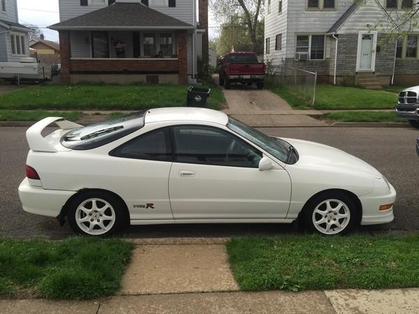1998 Championship white Acura Integra Type-R profile