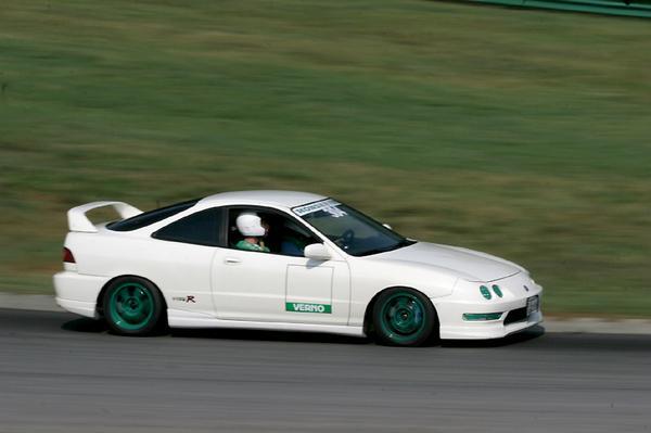98 Integra Type-R racing