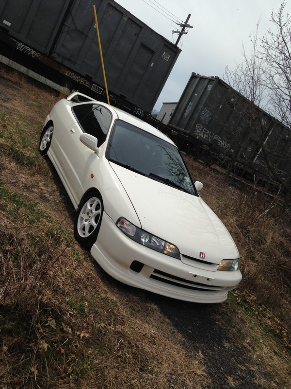 USDM 1998 Acura Integra Type-r with JDM front