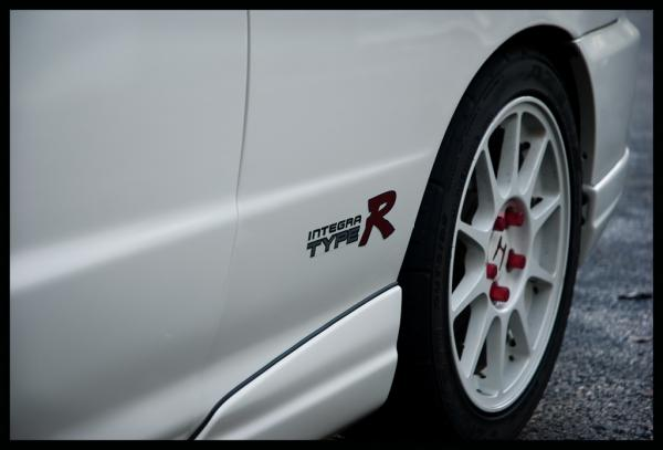 CW 1998 Integra type-r with JDM optional sideskirts