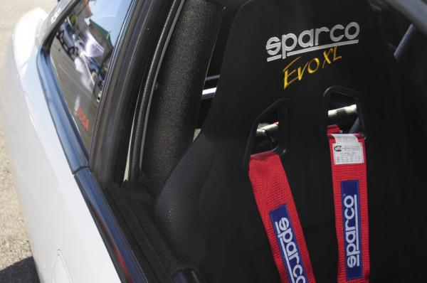 1998 Integra Type R Sparco Seats and harnesses