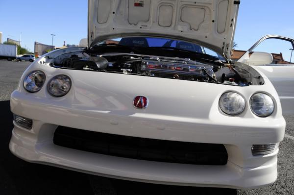 1998 Championship White Integra Type R mint front end