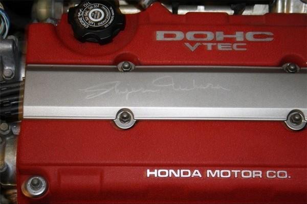 USDM Acura Integra Type-R with Shigeru Uehara autographed spark plug cover