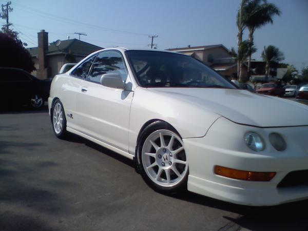 Championship White 1998 Integra Type R Theft recovery