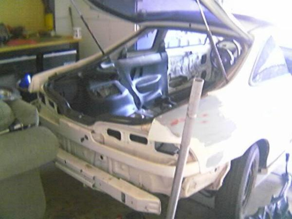Stripped back end of 1998 Integra type-r