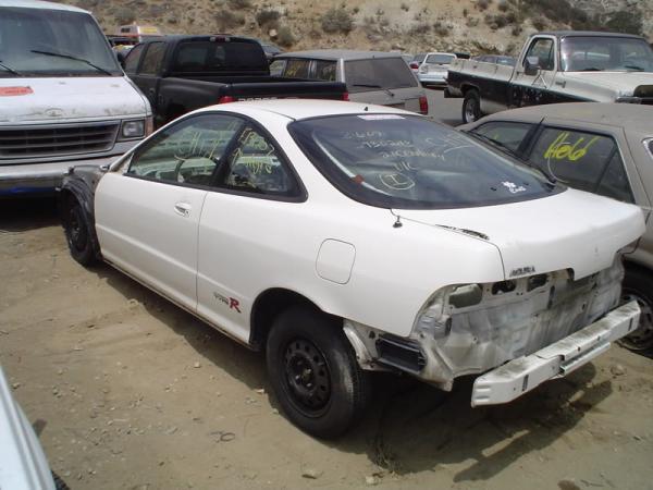 Junk yard 1998 Championship white Integra Type-r